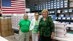 "Sponsored Packing Event - Rotary of Boynton/Lantana • <a style=""font-size:0.8em;"" href=""http://www.flickr.com/photos/58294716@N02/26235286756/"" target=""_blank"">View on Flickr</a>"
