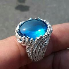 แหวนเพชรพญานาคสีฟ้า รองานสีลงดำ สนใจติดต่อสอบถาม LINE ID : ninetyJewel  #เครื่องประดับ #พญานาค #เพชรพญานาค #แหวน #กำไล #จี้ #เงิน #เครื่องเงิน #jewelry #ring #เพชร #ทอง #925 #gold #silver #ลงยา