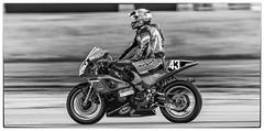 Thruxton bike racing (jdl1963) Tags: bike racing motorbike cycle motorcycle motor motorsport autosport thruxton