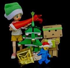 Ready for Christmas Eve!  (Damien Saint-) Tags: toy starwars amazon lego vinyl yotsuba danbo revoltech darkvalor nendoroid danboard legomoviebenny