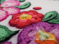 KikaBordados Kika  Krauss 148 (Kika Bordados by Angelica Krauss) Tags: flowers flores frutas fruits branco cores crochet craft bordados bordado croche panosdepratos bordadosfeitomo kikabordadoskikakrauss