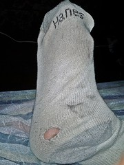 white/gray Hanes ankle sock 5 (nettie83_2000) Tags: socks sock dirty ankle smelly wrinkled hanes dirtysock