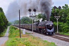 Charging the Blue Ridge (H-bob-omb) Tags: virginia nw norfolk steam western signal excursion cpl 611 484 montvale