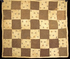 Brown & white doll's quilt (Madison Historical Society) Tags: old usa history museum photo costume interesting nikon flickr quilt shot image connecticut interior country picture newengland ct indoor madison historical inside antiques mhs conn d600 abhouse nikond600 madisonhistoricalsociety connecticutscenes madisonhistory bobgundersen allisbushnellhouse