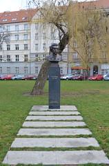 DSC_0163 (ruszarub) Tags: monument prague pushkin