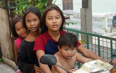 girls and a boy on a motorcycle (the foreign photographer - ) Tags: decorations girls boy portraits mouth thailand three braces bangkok sony teeth jewelry motorcycle bang bua khlong bangkhen rx100 dscjan302016sony