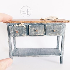 Miniature furniture  #happyminis #handmade #french #miniature #dollhouse #miniaturefurniture (happyminis) Tags: oneinchscale happyminishandmadefrenchminiaturedollhouseminiaturefurniture112scale