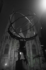 Atlas and St. Patrick's Cathedral (Takhte-Sarah) Tags: newyorkcity newyork museum manhattan stpatrickscathedral atlas guggenheim ge metmuseum newyorkarchitecture