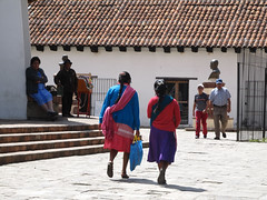 "San Cristóbal de las Casas <a style=""margin-left:10px; font-size:0.8em;"" href=""http://www.flickr.com/photos/127723101@N04/25023800364/"" target=""_blank"">@flickr</a>"