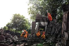 Angkor (Angkor Travel Photography) Tags: pagoda asia cambodia monk angkorwat siemreap angkor tonlesap phototour angkortravelphotography