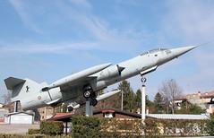 A.M.I. > F104S ASA-M (Ernesto Imperato - Firenze (Italia)) Tags: canon eos italia ami verona 7d f104 veneto aeronautica starfighter militare bovolone f104s