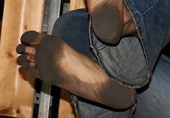 dirty party feet 538 (dirtyfeet6811) Tags: feet barefoot soles dirtyfeet partyfeet dirtysoles