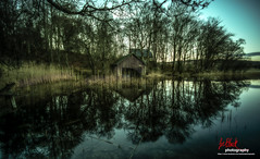 Old boat shed on the Loch of the Lowes... (leeb.black) Tags: old boat shed loch lowes