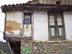 (elcorreodejoserra) Tags: espaa casa spain arquitectura olympus viejo cantabria abandonado 1442ez omem10