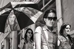 faces (Gerard Koopen) Tags: street girls people blackandwhite bw blancoynegro girl monochrome sunglasses umbrella fuji faces candid cuba streetphotography fujifilm straat 2016 holguin straatfotografie x100t gerardkoopen