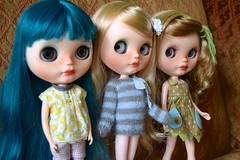 Side Eye Fun (Chassy Cat) Tags: dolls blythe ba custom moshi takara discoboogie buttonarcade chassycat fauxfringe marrakechmelange winterishallure