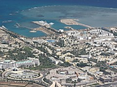 HRG approach (schiiiinken) Tags: view fb urlaub egypt aerial approach gypten hurghada scb 2016 hrg