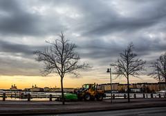 3C0B1043 (madeinfin) Tags: sunrise finland helsinki icebreaker sisu urho jnmurtaja voima