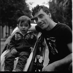 I&I (Imanol 6x6) Tags: street portrait blackandwhite bw 120 6x6 film eh rolleiflex mediumformat kodak trix 400 mf nophotoshop sansebastian f28 donostia trl 500x500