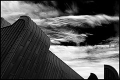 Planet Vogsphere (Maerten Prins) Tags: roof sky blackandwhite cloud monochrome museum contrast germany dark curves cologne kln curve ludwig duitsland keulen