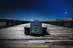 Diez de la noche (hitmanfre1) Tags: fish beach sc composite night america stars evening pier nikon neon moody angle south wide tokina charleston carolina charlestonsc nikond3200 d3200 1116mm moodygram
