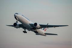 Boeing 777-228(ER) Air France (F-GSPQ) - YUL (Sylvain C-G ) Tags: france plane airplane airport nikon montreal air off international take boeing af 777 spotting avion yul trudeau 772 b777 777200 777200er b772 cyul avgeek pierreelliotttrudeau 777228er b777228er d5300 fgspq