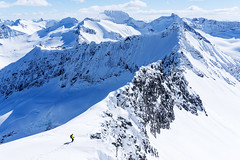 Blbretind (Johan Kistrand) Tags: winter snow ski mountains alps norway norge view hiking sunny mountaineering skitouring sunnmre randonee sunnmrsalpane blbretind
