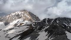 Lungo la cresta della Portella (RenatoG_rm) Tags: mountains montagna abruzzo appennino gransasso apennines cornogrande portella