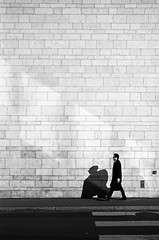 the man in black (Silvio Naef) Tags: street leica contrast summicron redfilter