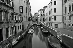 Ramo Va In Campo (Curtis Gregory Perry) Tags: venice bw italy white black boat canal nikon italia va campo ramo venezia in d800e
