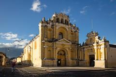Iglesia San Pedro (mlhell) Tags: urban architecture guatemala antigua iglesiasanpedro aguavolcano