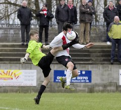 Nicky Little bravely wins the ball from the toe of the keeper (Stevie Doogan) Tags: park west scotland scottish first super juniors division league holm clydebank bole maybole bankies mcbookiecom