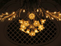 Chandellier in the Muse d'Orsay (Sokleine) Tags: lighting paris museum muse 75007 objet musedorsay lustre luminaire chandellier