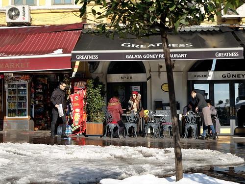 Уличное кафе. Стамбул, Турция