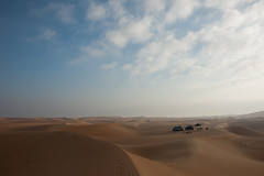 Early hours of the day (berik) Tags: morning camping gulf desert uae middleeast tent vehicles abudhabi landrover discovery lr4