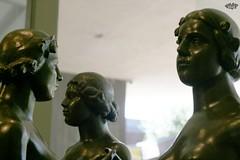 Norton Simon Museum (Stephanie_Asher) Tags: california sculpture art statue bronze canon 50mm losangeles women nudes gallery availablelight pasadena f18 mythology graces nortonsimonmuseum