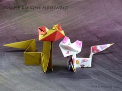Snake by Gen Hagiwara (esli24) Tags: origami snake paperfolding schlange papierschlange origamisnake genhagiwara esli24 ilsez origamischlange spiritsoforigami