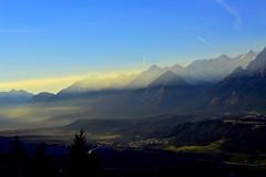 Golden Sunrays (leon.kersting) Tags: mountains alps landscape austria nikon wolken landschaft sonnenstrahlen ausblick