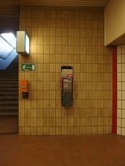 Don't call us, we call you. (mkorsakov) Tags: brown sign kacheln fliesen bahnhof minimal retro schild braun hbf dortmund telefonzelle fluchtweg entwerter ödeorte