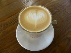 latte art, Hubbard & Bell (duncan) Tags: coffee caffelatte latte latteart highholborn hubbardbell
