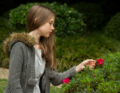 Ruby inspecting flowers (TONY F WHITE) Tags: park portrait people girl female garden model workshop 24105mm naturallightportrait mtcootthabotanicalgardens canoneos7d ozlight ozlightphotoadventures rubydraper
