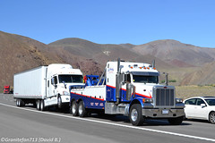 Cal-Nevada Towing Peterbilt 379 (NV) (Trucks, Buses, & Trains by granitefan713) Tags: towtruck towing sleeper peterbilt tractortrailer bigrig vocational largecar 379 recoverytruck longhood peterbilttruck peterbilt379 freightlinercascadia vocationaltruck sleepertruck