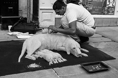 Real or fake (KevPBur) Tags: blackandwhite sculpture dog sand oxford sigma30mmf14exdchsm canon650d canonrebelt4i canonkissx6i canon650dcanonkissx6icanonrebelt4i