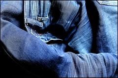 IMG_13691 (Contrastes Elmentaires) Tags: blue france macro canon eos jean coton bleu contraste 1200 denim
