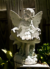 Earth Angel (CaptLarryS) Tags: statue angel garden decoration guardian protector childlike