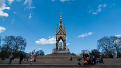 The Albert Memorial (GabboCaredda) Tags: street uk blue trees people sun london stairs nikon memorial albert tokina englend nikond90