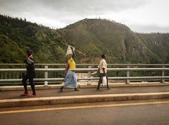 """If you want to walk fast, walk alone. If you want to walk far, walk with others."" Unity is strength, division is weakness."" #Rwanda  #Tanzania  #Internationalbridge  #Rusumo  #africa  #Kwibuka22  #kwibuka  #Remember  #Unite  #Renew (samarkhouryofficial) Tags: africa tanzania remember rwanda unite renew internationalbridge rusumo kwibuka kwibuka22"