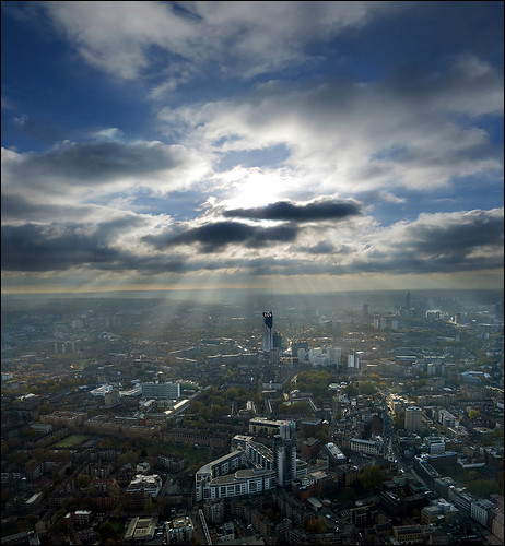 Sun rays over London