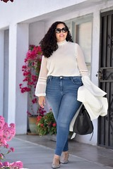 GWC_5781 (GirlWithCurves) Tags: flats curlyhair plussize highneckblouse highwaistjeans skinnyjeands taneshaawasthi