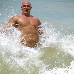 IMG_1166 (danimaniacs) Tags: shirtless man hot sexy guy beach pecs muscle muscular beefy bald trunks speedo swimsuit stud mansolo